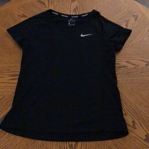 Black nike running t and blue under armor t